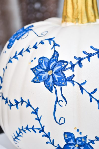 DIY chinoiserie pumpkin blue and white porcelain inspired