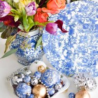 DIY Blue & White Chinoiserie Chargers