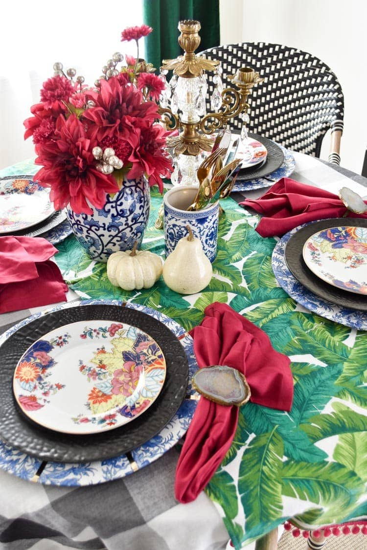 Chinoiserie fall tablescape centerpiece ideas