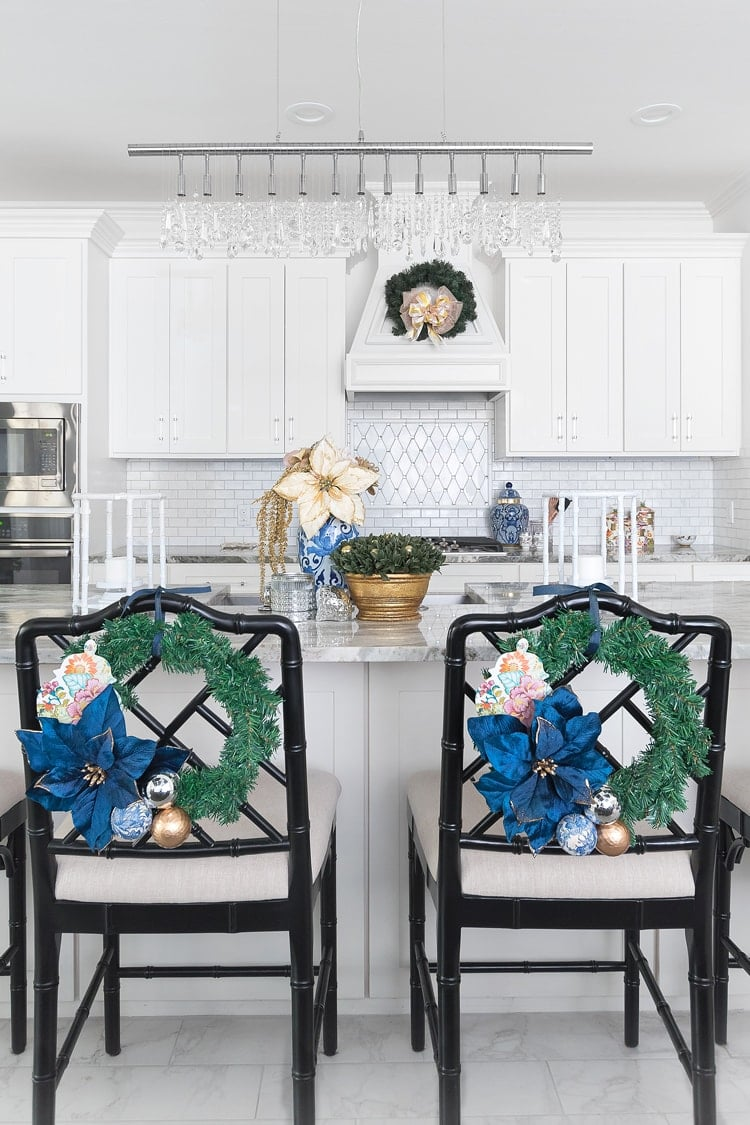 White kitchen with chinoiserie decor