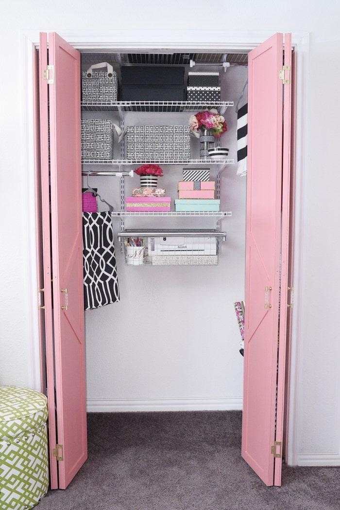 Small closet organization system DIY