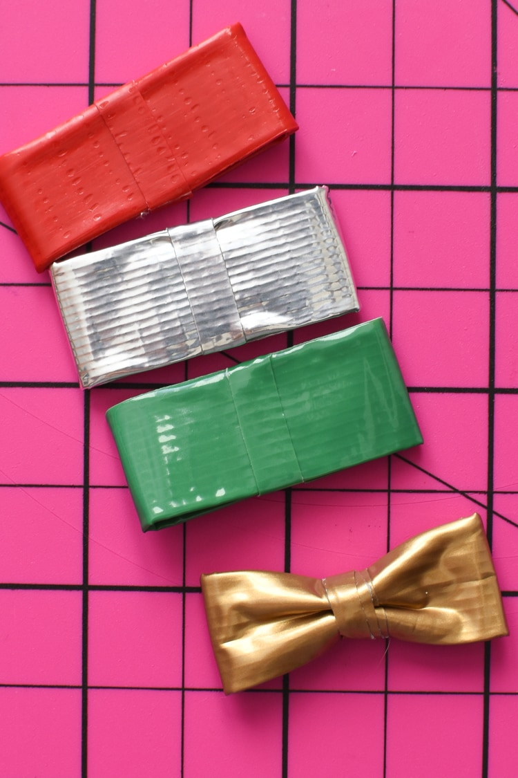 Mini Bows DIY with Duck Tape