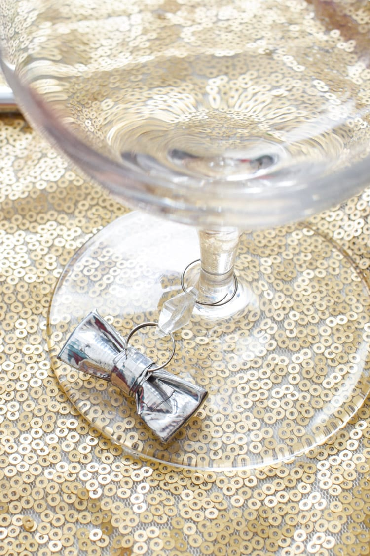 DIY Duck Tape Craft: Mini Wine Charms