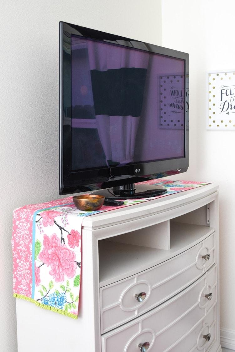 Guest bedroom TV media chest