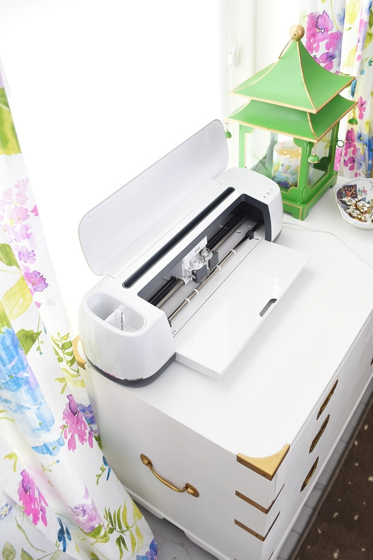 My First Impression of the Cricut Maker - Monica Wants It