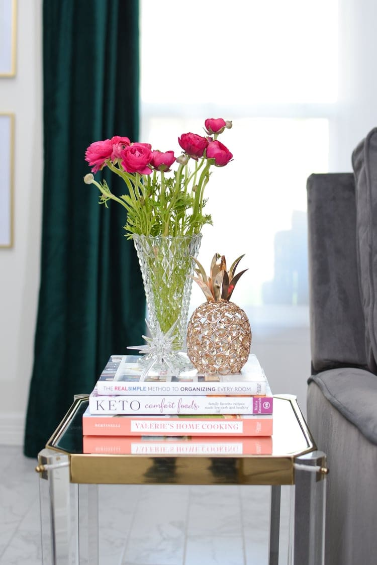 End Table Styling for Spring Decor