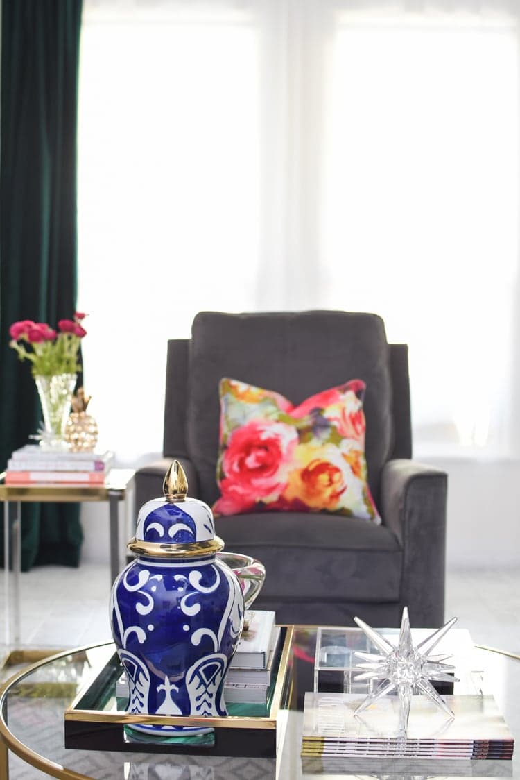 Coffee table ideas for spring decor