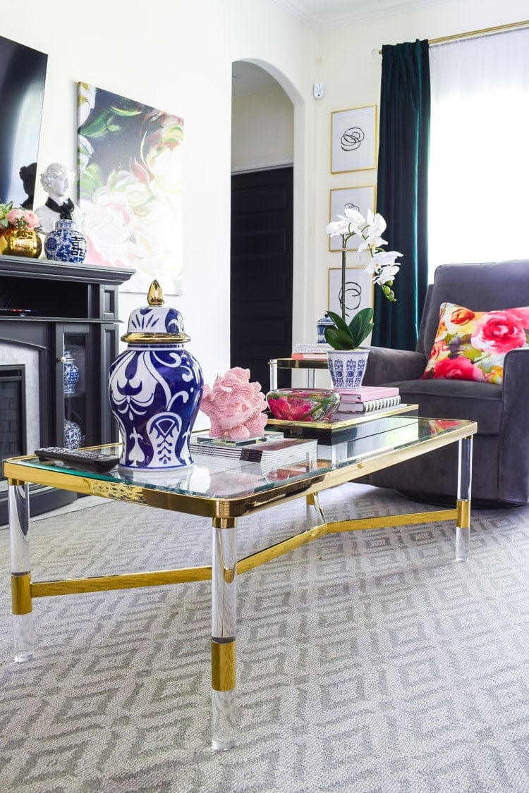 5 easy and chic coffee table decor ideas
