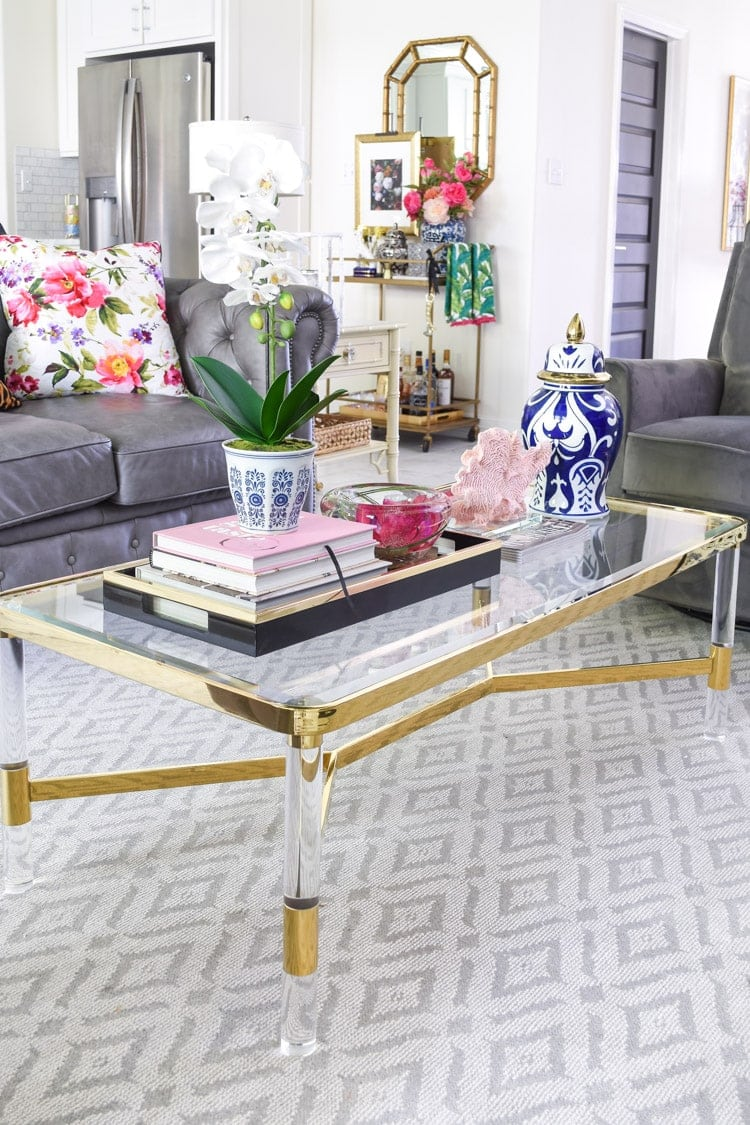 Coffee table decor ideas using a tray