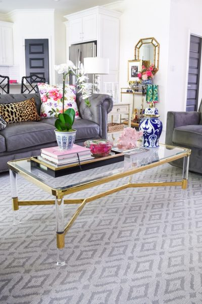 Gold and lucite coffee table decor ideas