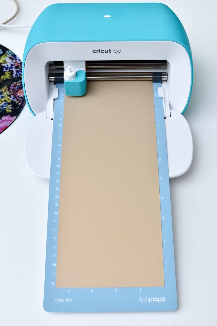 DIY Cricut Joy Monogrammed Napkin tutorial